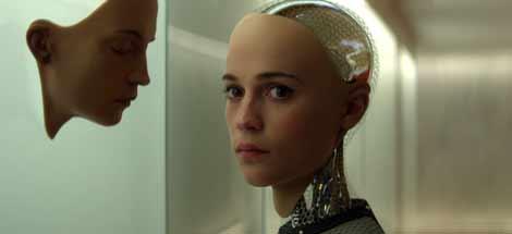 Filmkritik: »Ex Machina« (2015) – Wann ist ein Roboter intelligent?