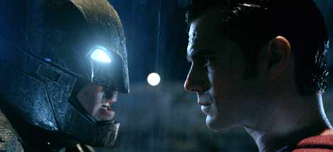 Trailer zu »Batman v Superman: Dawn of Justice« (2016)